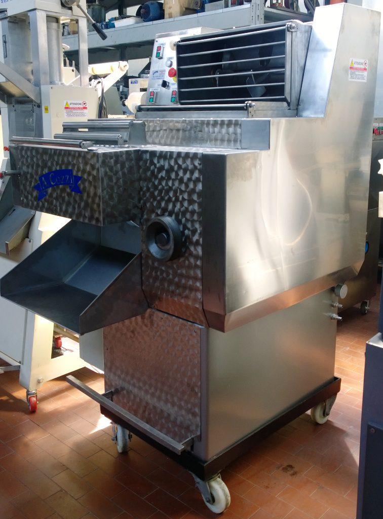 Pressa per pasta doppia vasca usata