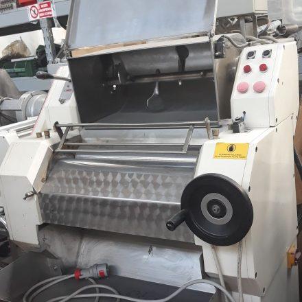 Sfogliatrice impastatrice SFI 600 senza taglierina per pasta